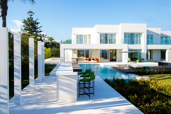 Rio Verde Playa, is one of the most impressive frontline beach projects in Marbella | Marbesa 408